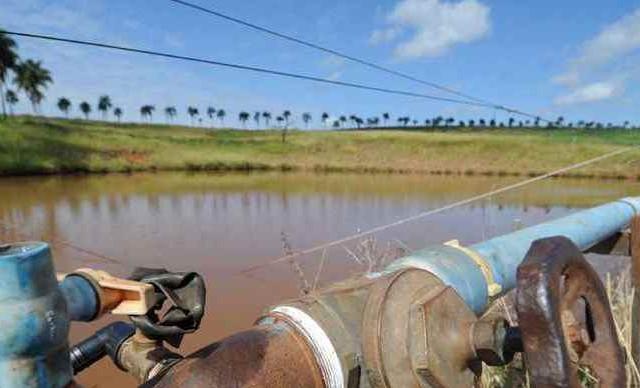 Disputa por recursos hídricos brota em solos de Minas