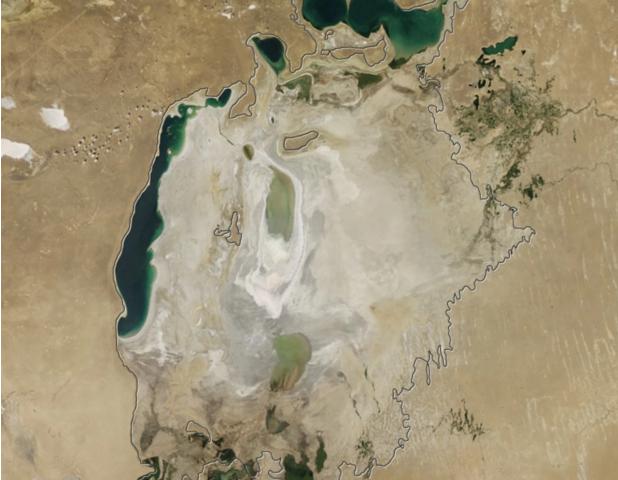 Mais da metade da população mundial sofre com escassez severa de água, dizem especialistas